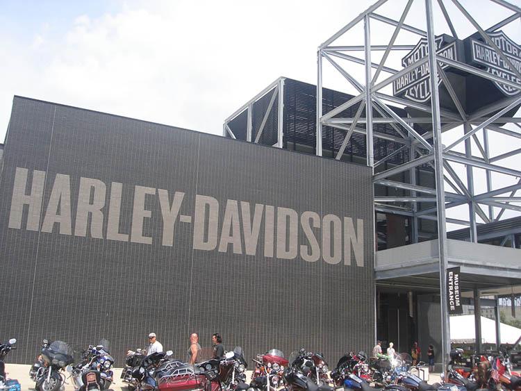 harley-davidson-milwaukee-1